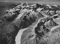 ETH-BIB-Grimselsee, Oberaargletscher, Unteraargletscher, Finsteraarhorn v. O. aus 4400 m-Inlandflüge-LBS MH01-008017.tif