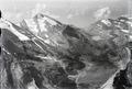 ETH-BIB-Rinderhorn, Daubensee, Gemmi v. N. O. aus 3500 m-Inlandflüge-LBS MH01-005747.tif
