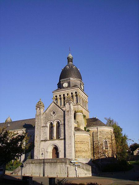Eglise de Bouère (Mayenne, France)