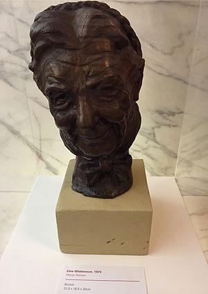 Elsie Widdowson - Bronze bust of Elsie Widdowson by Margo Bulman (1974), at the Royal Society, London.