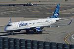Embraer Emb190-100IGW 'N198JB' JetBlue (25770226836).jpg