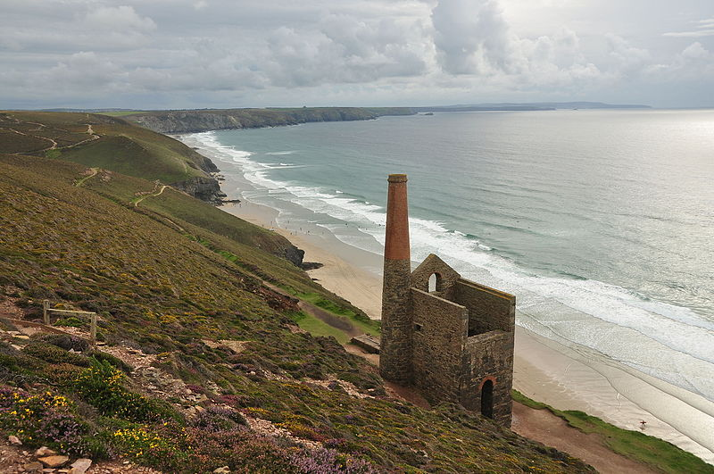File:Enginehouse at Wheal Coates (6118).jpg