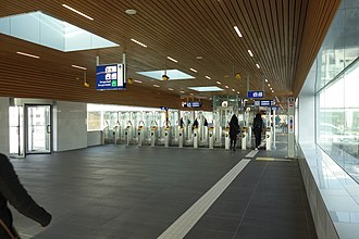 Alkmaar railway station - The entrance hall of the modernised station in 2015.