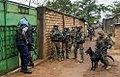 Equipe cynophile en République de Centre Afrique (Opération Sangaris).jpg