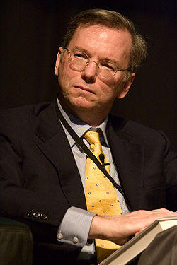 Eric E Schmidt, 2005 (looking left).jpg