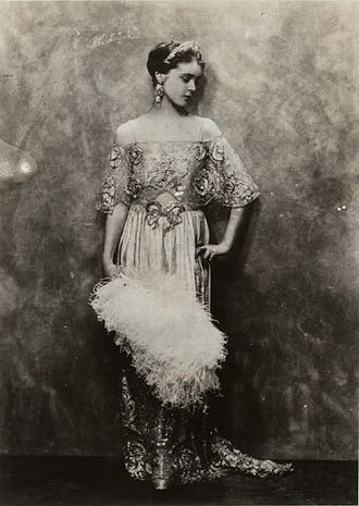 Eva Le Gallienne - Billy Rose Theatre Division. Eva Le Gallienne, ca. 1920s