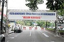 http://upload.wikimedia.org/wikipedia/commons/thumb/6/64/F%C3%AAte_Allan_Kardec_Sao_Paulo_2008.jpg/220px-F%C3%AAte_Allan_Kardec_Sao_Paulo_2008.jpg