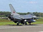 F-16AM (15040367387).jpg