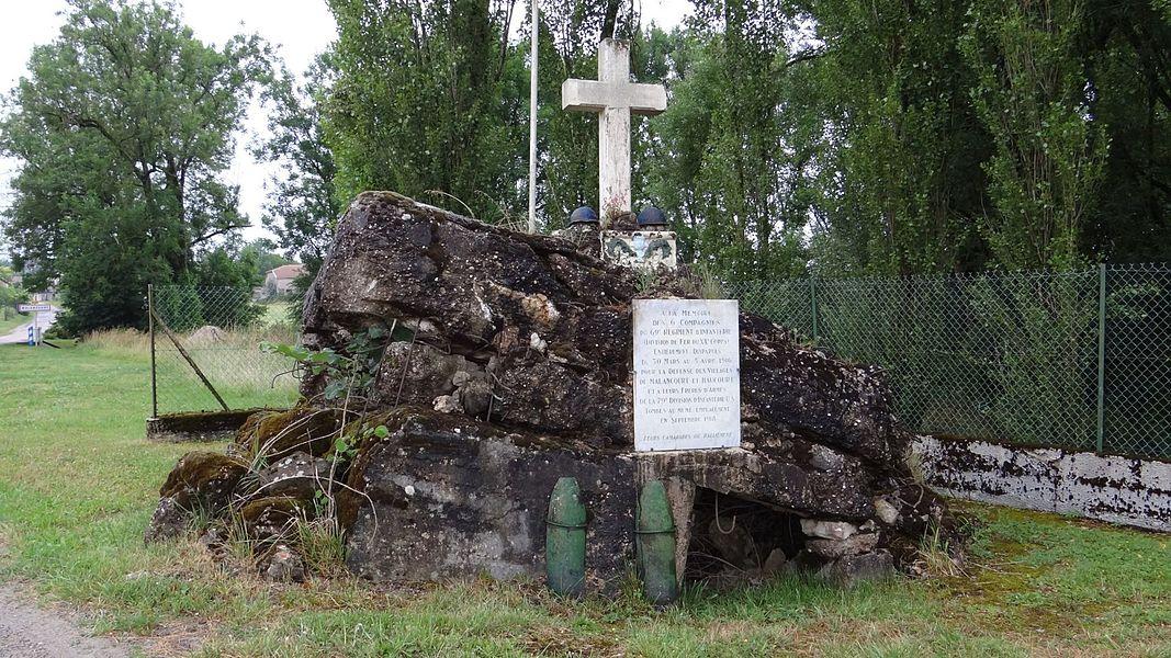 L'abri de Malancourt est un ancien blockaus de mitrailleuse allemand de la 1ère guerre transformé en monument à la mémoire du 69ème RI et de la 79ème DI U.S