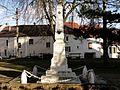 Fontenay-en-Parisis (95), monument aux morts.jpg