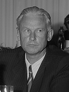 Fadeyev in 1952. Photograph by Roger (de) and Renate Rössing (de)