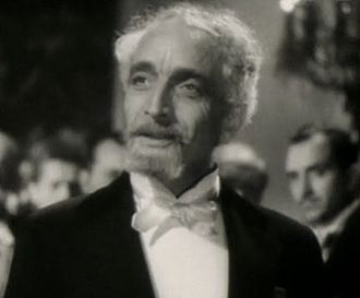Fritz Leiber (actor) - Fritz Leiber in The Story of Louis Pasteur trailer