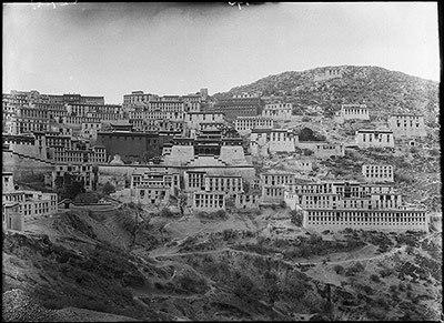 Ganden Monastery in 1921