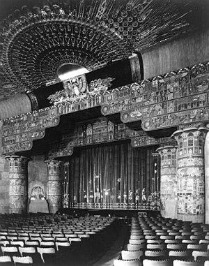 Grauman's Egyptian Theatre interior, 1922 in H...