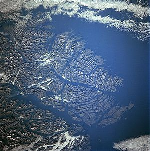 Guayaneco Archipelago - Guayaneco Archipelago from space, June 1998
