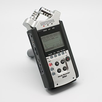 Zoom H4n Handy Recorder - Image: Handy recorder H4N
