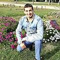Hatim Azahri, en el parque de Cervantes.jpg