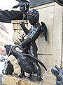 Herkulesbrunnen Augsburg Gänsewürger 1.jpg