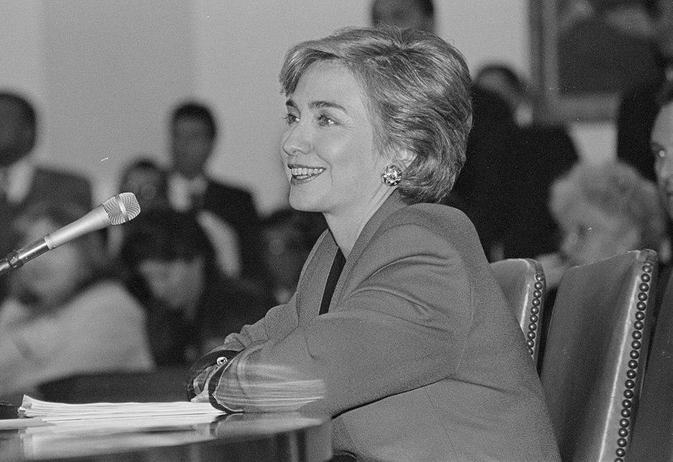 Hillary Clinton healthcare presentation 53520u (cropped1)