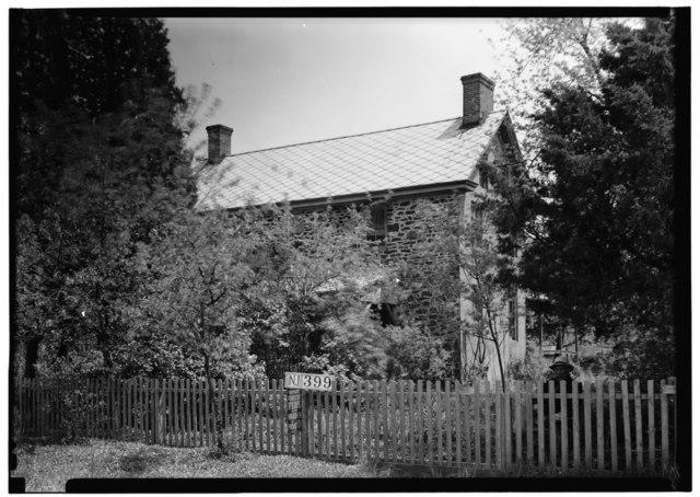 https://upload.wikimedia.org/wikipedia/commons/thumb/6/64/Historic_American_Buildings_Survey_Nathaniel_R._Ewan%2C_Photographer_May_7%2C_1937_EXTERIOR-_WEST_VIEW_-_Japhet_Leeds_House%2C_Moss_Mill_Road%2C_Leeds_Point%2C_Atlantic_County%2C_NJ_HABS_NJ%2C1-LEEPO%2C1-1.tif/lossy-page1-640px-thumbnail.tif.jpg