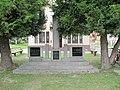 Hrabětice, pomník II. sv. válka.jpg