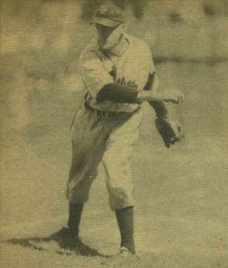 Hugh Mulcahy - Image: Hugh Mulcahy 1940 Play Ball card