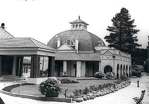 Hydro Majestic Hotel - The distinctive dome of the casino in 1938