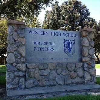 Western High School (Anaheim, California) - Image: Image of school's sign 2014 02 01 07 57