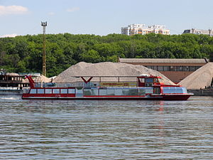 Imperator on Khimki Reservoir 5-jun-2016 02.JPG