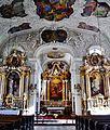 Innsbruck Spitalkirche Hl. Geist Innen Langhaus Ost 3.jpg