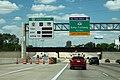 Int10wRoad-MM760-US290ExressLane-KatyTollway (36030334380).jpg