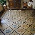 Interieur winkelgedeelte, beschilderde vloer, van woon- en winkelpand - Utrecht - 20351002 - RCE.jpg