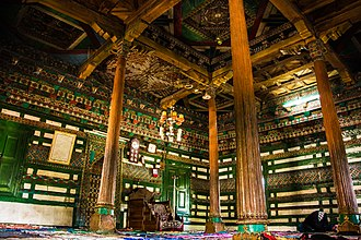 Chaqchan Mosque - Image: Interior of Chaqchan Mosque