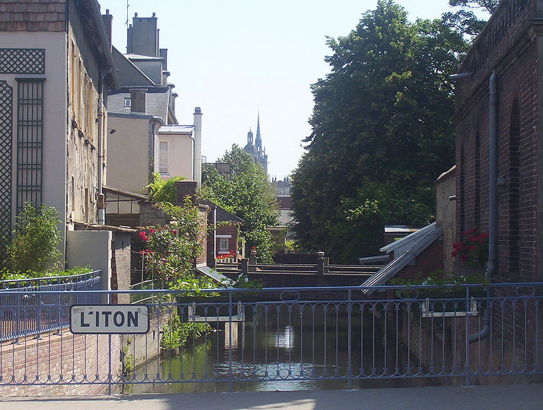 Iton in Evreux