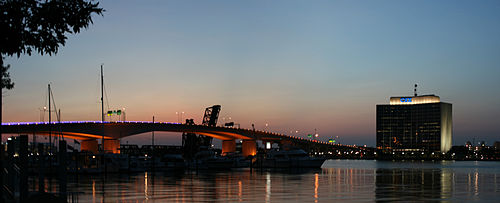 Jacksonville Acosta Bridge & CSX Panorama.jpg