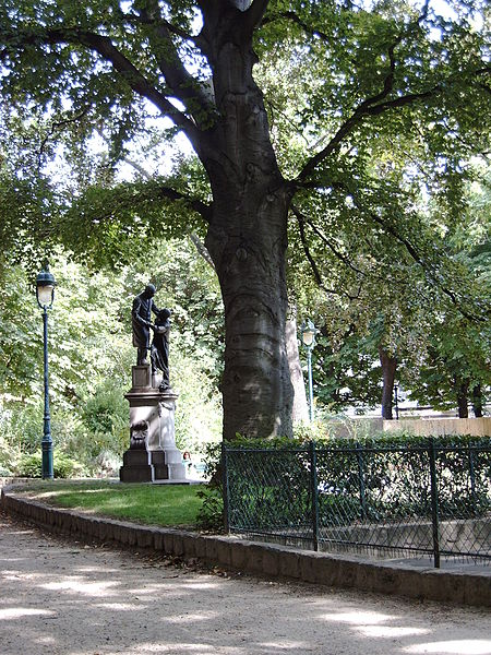 Fichier:Jean Leclaire's statue, 2009-07-31 016.jpg
