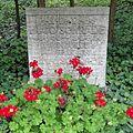Jena Nordfriedhof Schrade.jpg