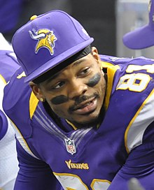 Jerome Simpson on the bench 2012-12-30.jpg