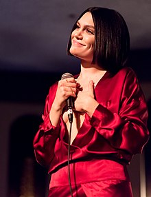 Jessie J performing live at The Peppermint Club 05.jpg