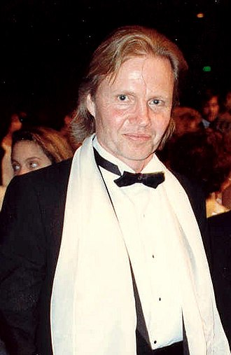 Jon Voight - Voight at the Academy Awards in April 1988