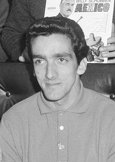 José Torres (footballer, born 1938) Portuguese footballer