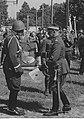 Jubileusz 25-lecia 1. DP Leg. w Wilnie - wreczenie ryngrafu NAC 1-W-1150-7.jpg