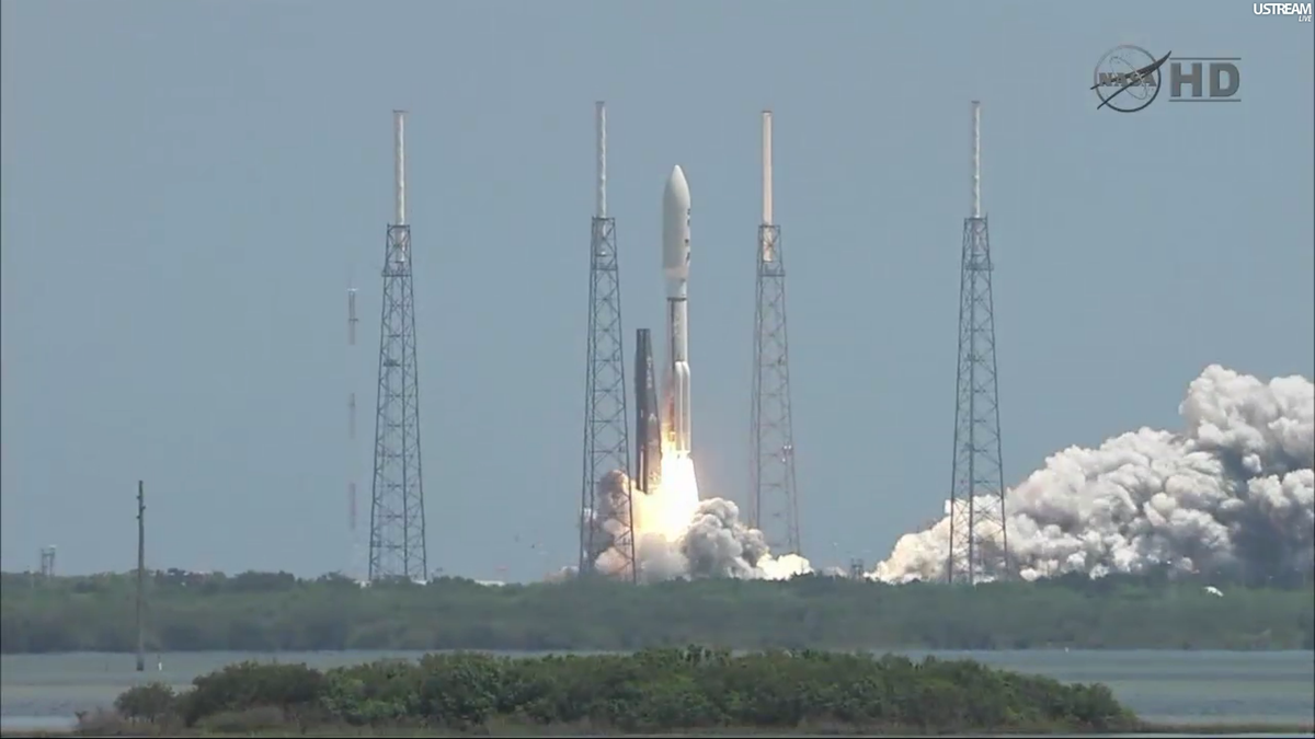 Juno launch NASA TV 1.png