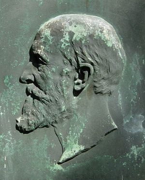 Heinrich Nissen - Bronze relief of Heinrich Nissen by Albert Küppers.