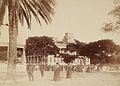Kapiolani and Kalakaua on the Iolani Palace grounds.jpg