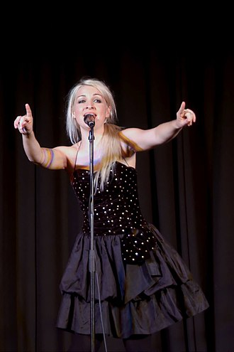 Kate Miller-Heidke - Miller-Heidke performing in 2009