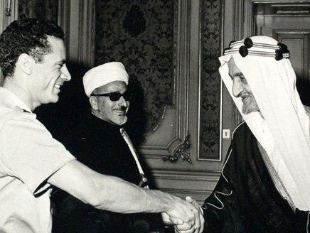 King Faisal with Qathafi 1970s.jpg