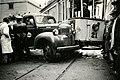 Kollisjon mellom bensinbil og sporvogn (1950) (4271380930).jpg