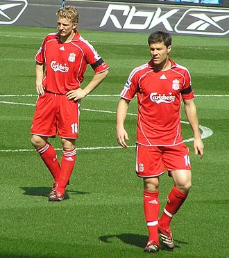Xabi Alonso - Alonso and Dirk Kuyt playing for  Liverpool in April 2007.