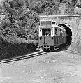 LÁEV-motorvonat érkezik Miskolc felől Lillafüredre (1957).jpg